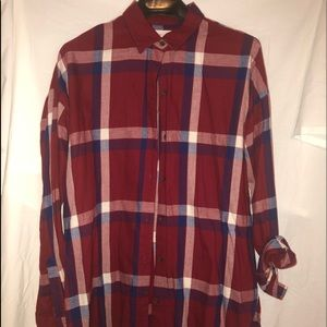 Light weight over sized flannel button down